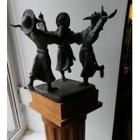 Коллекционная бронзовая скульптура